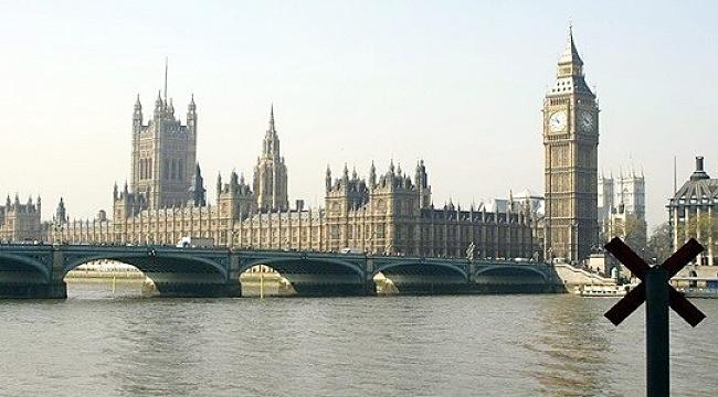 İngiltere'de bütçe açığı rekor seviyede